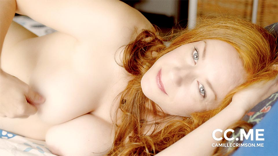 Moving Portrait: Naked Redhead